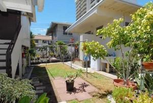 Waiola St Honolulu